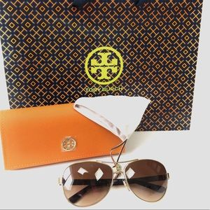New Tory Burch Aviator Sunglasses Style 6047